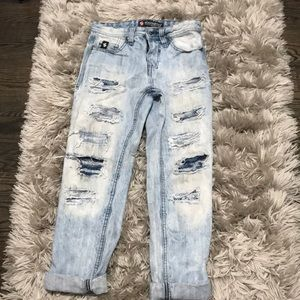 Light wash jeans with rips